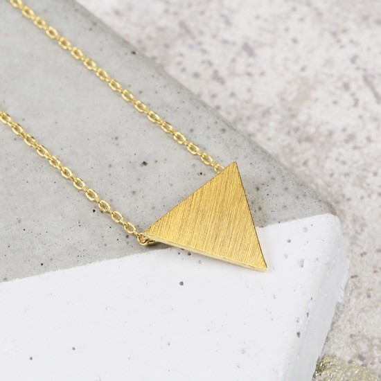 personalised-gold-triangle-necklace-O21A3844-550×550