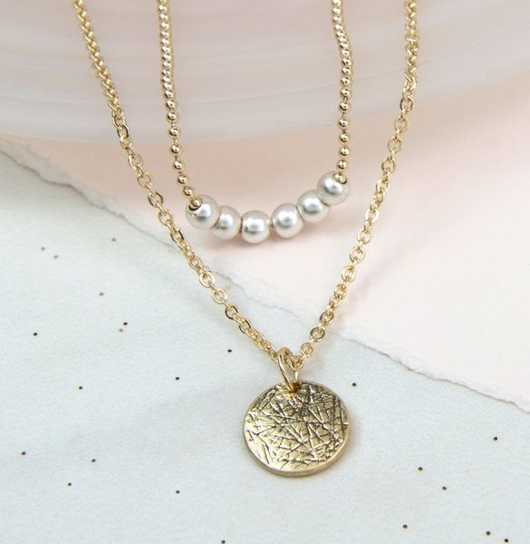 d-double_layer_golden_disc_and_pearl_necklace